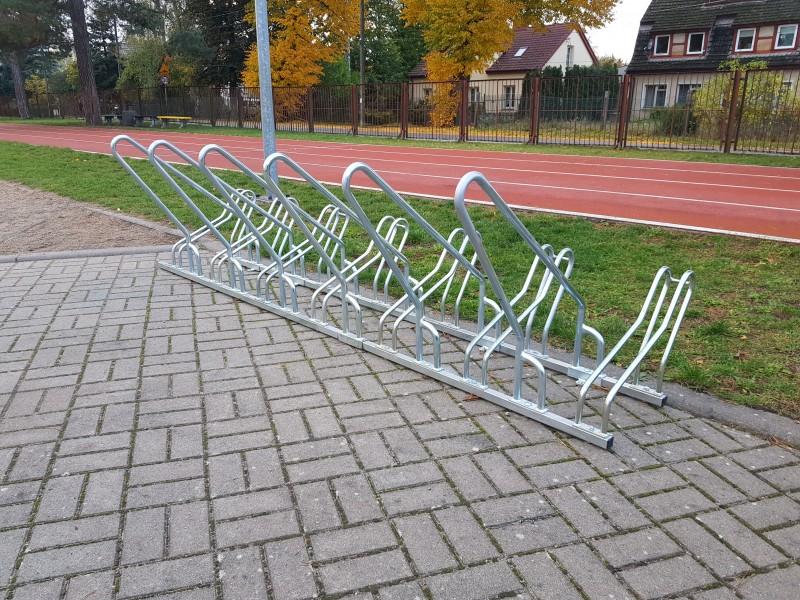 Plac zabaw Stojak rowerowy nierdzewny 15 INTER FUN