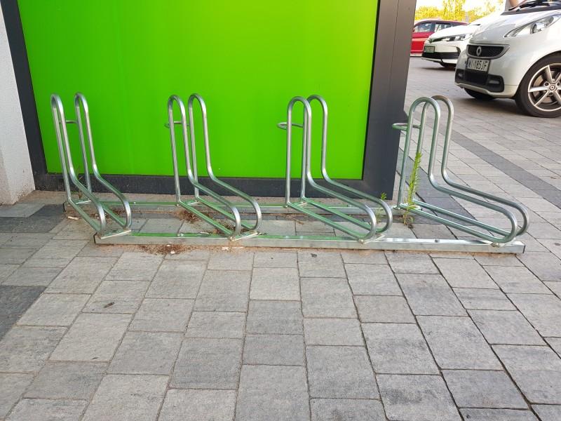 Plac zabaw Stojak rowerowy nierdzewny 18 INTER FUN