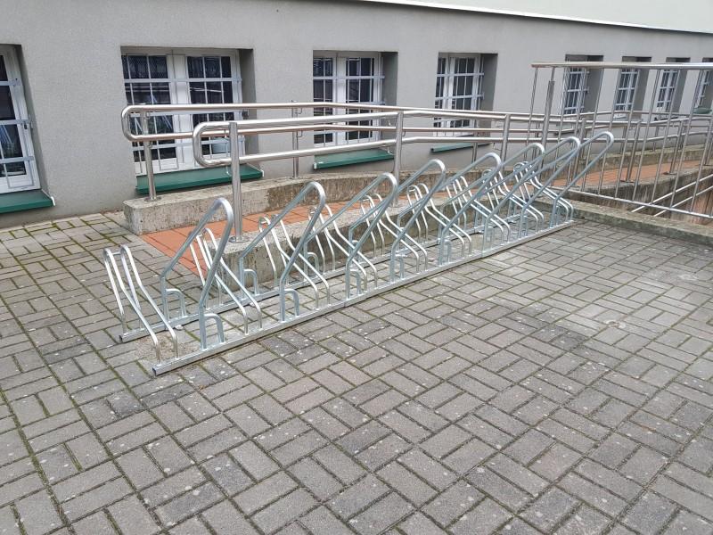 Plac zabaw Stojak rowerowy stalowy 15 INTER FUN