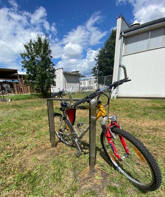 Plac zabaw Stojak rowerowy stalowy 24 INTER FUN
