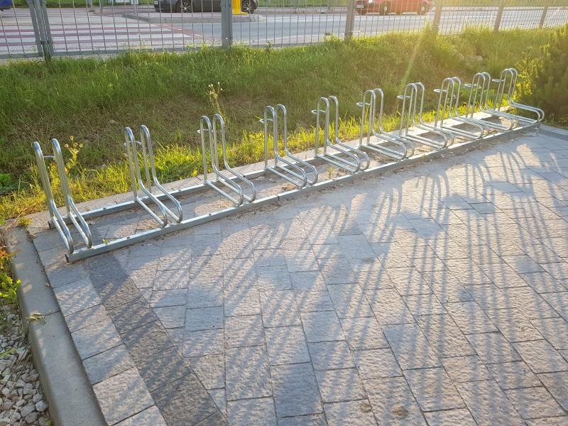 Plac zabaw Stojak rowerowy nierdzewny 19 INTER FUN